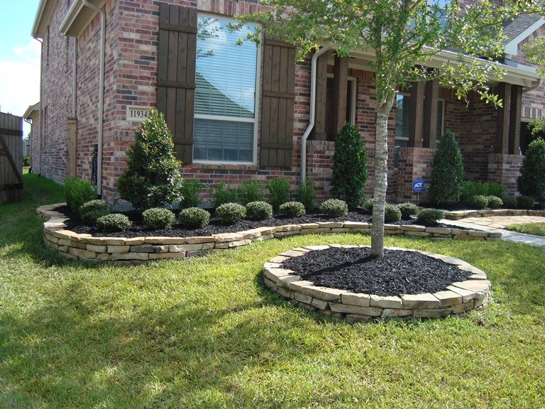 Landscaping mulch installation greenville tx lone for Landscaping rocks greenville sc